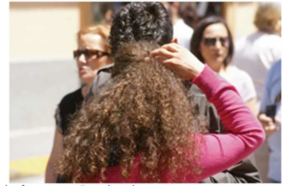 Fig. 7.18 Products containing polymers help define even the most challenging of natural curls