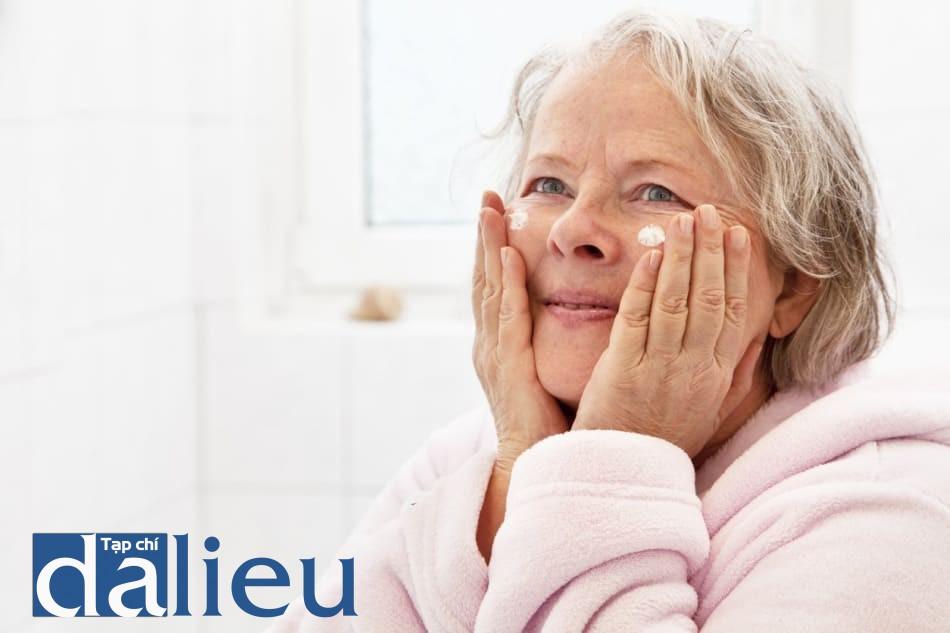 Chăm sóc da ở người cao tuổi
